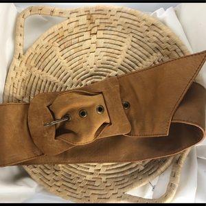 *4/20* BCBG BCBGMAXAZRIA Soft Leather Belt Size M
